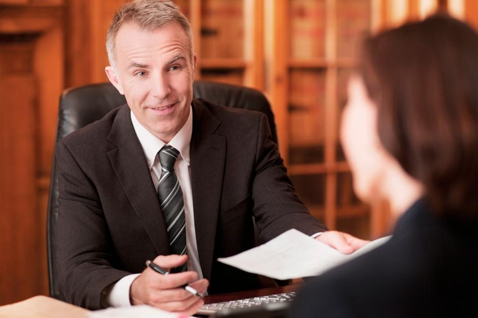 Как быстро найти хорошего адвоката