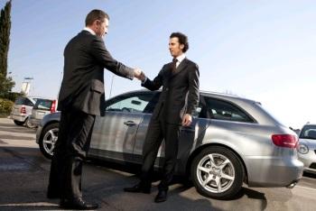 Как вернуть автомобиль в салон дилеру